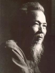 Nhà văn Phùng Quán
